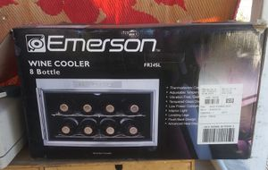 Emerson 8 bottle thermoelectric countertop wine Cooler for Sale in Ontario, CA