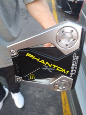 Scotty Cameron phantom x top of the line putter for Sale in San Antonio, TX