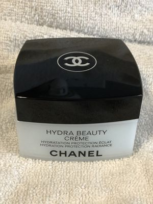 Authentic CHANEL Hydra Beauty Creme 1.7 oz makeup product - New!! for Sale in Plainfield, IL