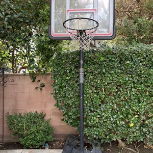 Adult 10ft Adjustable Basketball Hoop for Sale in Ladera Ranch, CA
