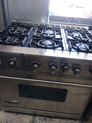 Viking 6 burner slide in range for Sale in Escondido, CA