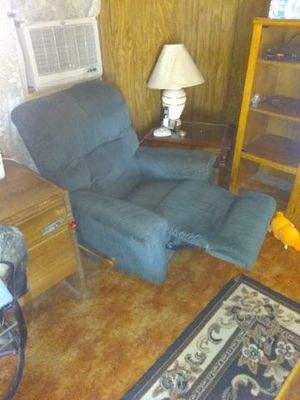 Blue decent recliner for Sale in Odessa, TX