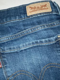 Levis Womens Jeans for Sale in Raleigh,  NC