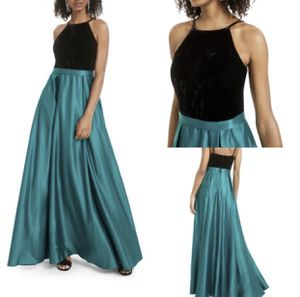 Green prom dress for Sale in Beltsville, MD