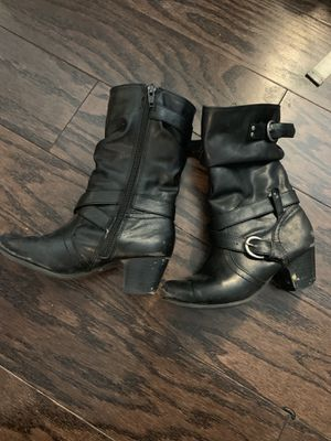 Girls size 13 boots for Sale in Jacksonville, NC