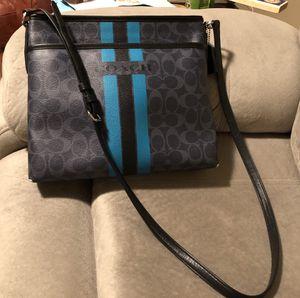 Coach crossbody purse for Sale in Wichita, KS