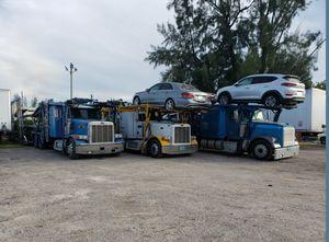 CAR HAULER for Sale in Miami, FL