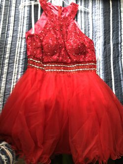 Red prom dress size L for Sale in Denver,  CO