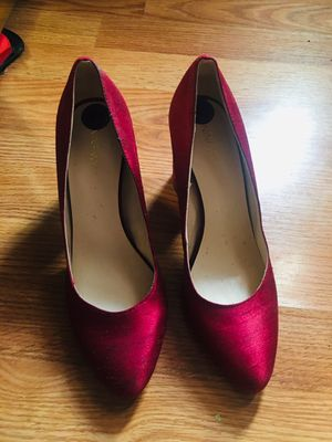 Maroon high heels for Sale in Peoria, IL