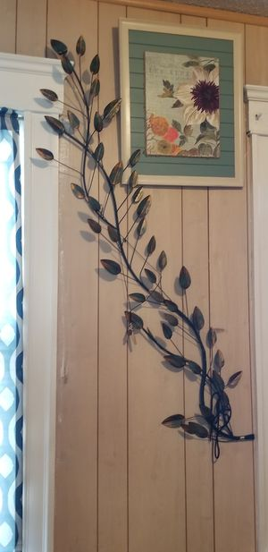 Pier One Imports Metal Wall Decor for Sale in Woonsocket, RI