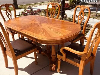 "Exquisite workmanship, high-end solid wood dining table and five chairs, in very good condition,Table size:high31""depth 42""length 68""(leaf 10""*2) for Sale in Buena Park,  CA"