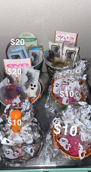Eyelash spooky baskets for Sale in Phoenix, AZ