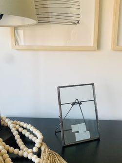 World Market Photo Frame Metal With Stand for Sale in Mukilteo,  WA