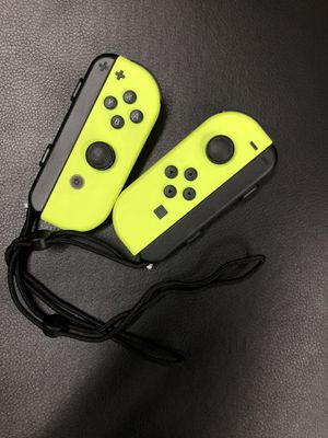 NEON YELLOW JOY CONS for Sale in New York, NY
