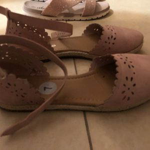 Flat Shoes for Sale in Miami, FL