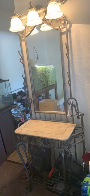 Beauty stand for Sale in Palmdale, CA