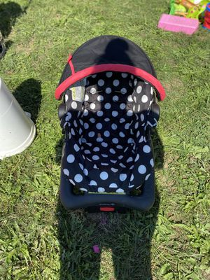 Infant Car Seat for Sale in Martinsburg, WV