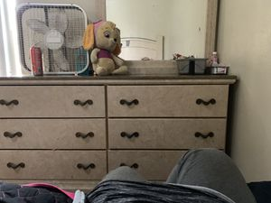 Head board with drawer and mirror for Sale in Dallas, TX