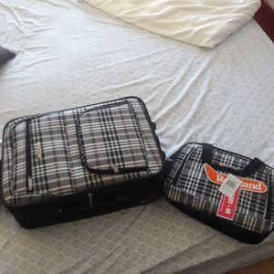 Carry on Luggsge and bag for Sale in Fontana, CA