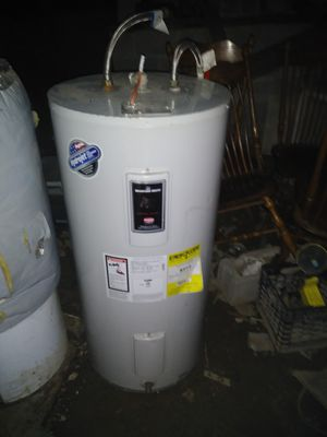 50 Gallon - electric hot water heater for Sale in Newark, OH