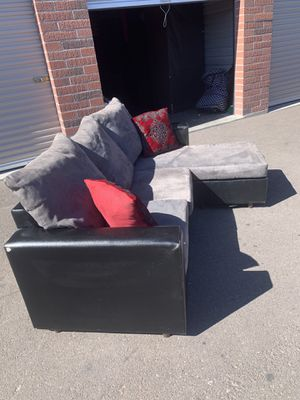 Small gray sectional couch for Sale in Phoenix, AZ
