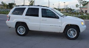 Runs Great 2004 Jeep Grand Cherokee AWDWheels for Sale in Oakland, CA