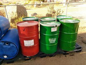55 gal steel barrels with lid food grade for Sale in Riverton, VA