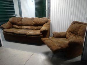🐅👀 sofa and recliner set 🎉🌎 for Sale in Atlanta, GA
