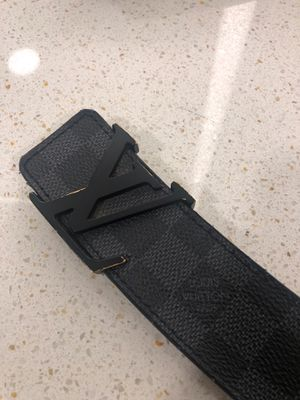 Authentic USED LV BELT for Sale in Houston, TX