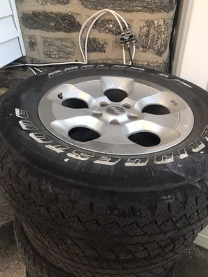2014 Jeep Sahara Wheels and tires for Sale in PA, US