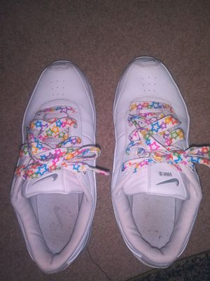 White Nikes size 7.5 barely worn for Sale in Mitchell, IL