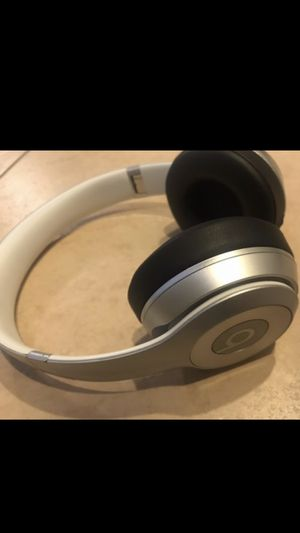 Beats Wireless for Sale in Tampa, FL