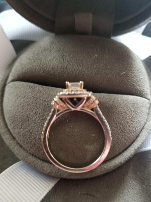 Ring for Sale in Dubuque, IA