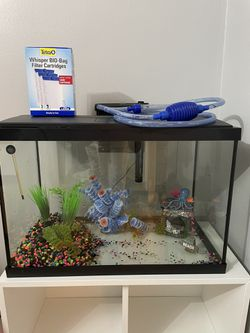 20 Gallon Fish Tank  for Sale in The Bronx, NY