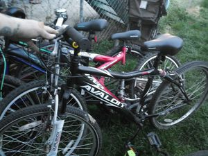 Avalon mt bike for Sale in Columbus, OH