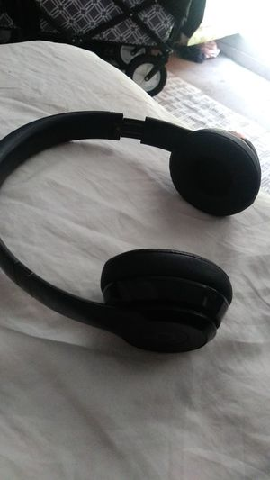 Beats by Dre solo 3 for Sale in Oakland, CA