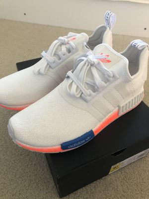 NMD_R1 Cloud White Orange Graffiti Signal Coral ** buy today please** (SIZE 9.5 BRAND NEW & negotiable) for Sale in Shelby Charter Township, MI