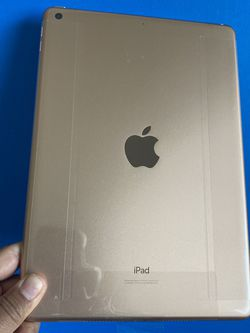 "128GB Apple Ipad 8th Generation (Latest 2020 Model / 10.2"" Retina ) with New accessories (New / 1 year Apple warranty) for Sale in El Monte,  CA"