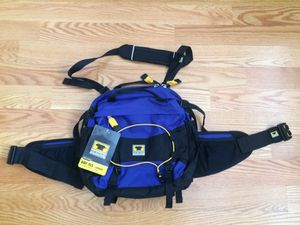 Mountainsmith TLS Day lumbar fanny pack bag camping hiking fishing backpacking or everyday commute for Sale in Brooklyn, NY