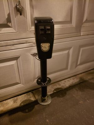 Electric tongue jack for Sale in Riverside, CA