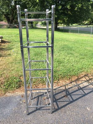 5 Shelf Chrome Stand for Sale in Zanesville, OH