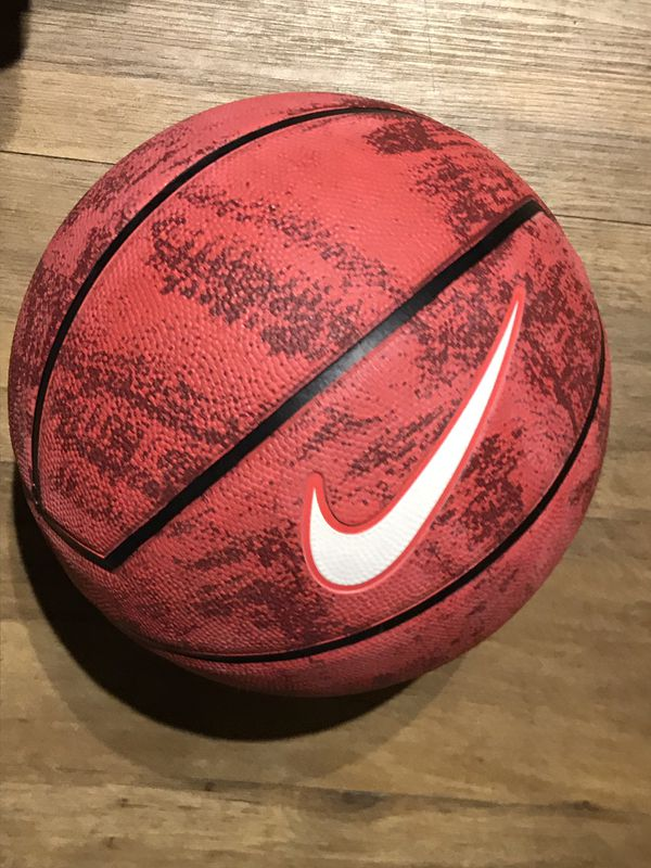 0aec7574a7d0 Nike LeBron James basketball New for Sale in Jacksonville
