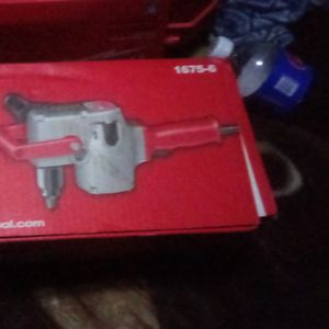 Milwaukee 7.5 Amp 1/2 in. Hole Hawg Heavy-Duty Corded Drill for Sale in Kent, WA