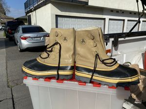 Rain/Snow Boots for Sale in Costa Mesa, CA