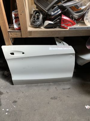2014-2018 Mercedes Benz cla250 Passenger door for Sale in San Bernardino, CA
