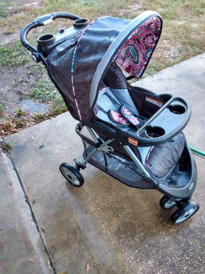 Baby Trends baby Stroller W/ Many features for Sale in Tampa, FL