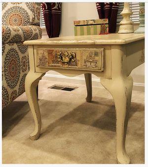 Unique Accent Furniture/Side Table for Sale in Alexandria, VA