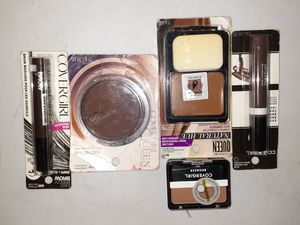 5 piece Cover girl make up lot bronze queen for Sale in Erie, PA