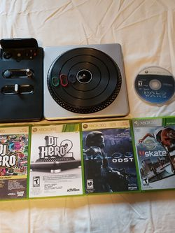 Xbox 360 Turntable + 5 Games for Sale in Lynnwood,  WA