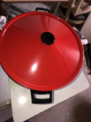 Brand new electric wok never used before great for your home or small party or dinner lunch or breakfast asking for $40 for Sale in Rockville, MD